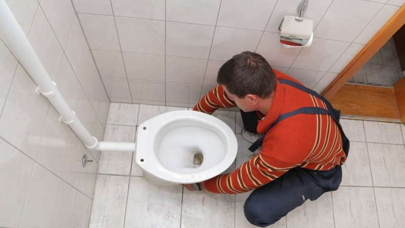 https://plumbinganddrainrepair.com/wp-content/uploads/1607/75/24_hour_emergency_plumber_005.jpg