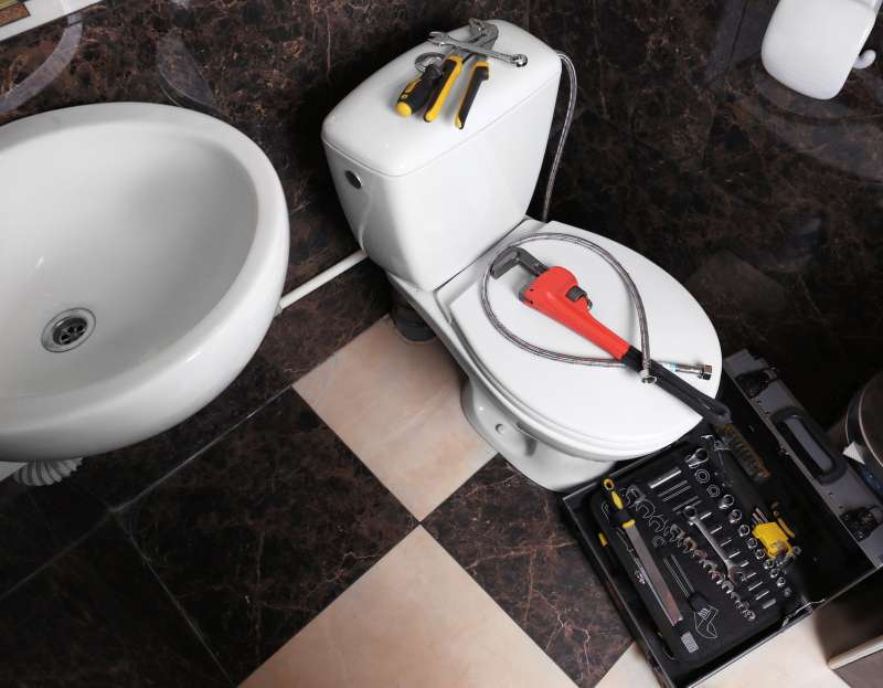 https://plumbinganddrainrepair.com/wp-content/uploads/1607/75/24_hour_emergency_plumber_033.jpg