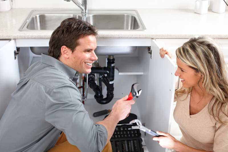 https://plumbinganddrainrepair.com/wp-content/uploads/1607/75/24_hour_emergency_plumber_042.jpg