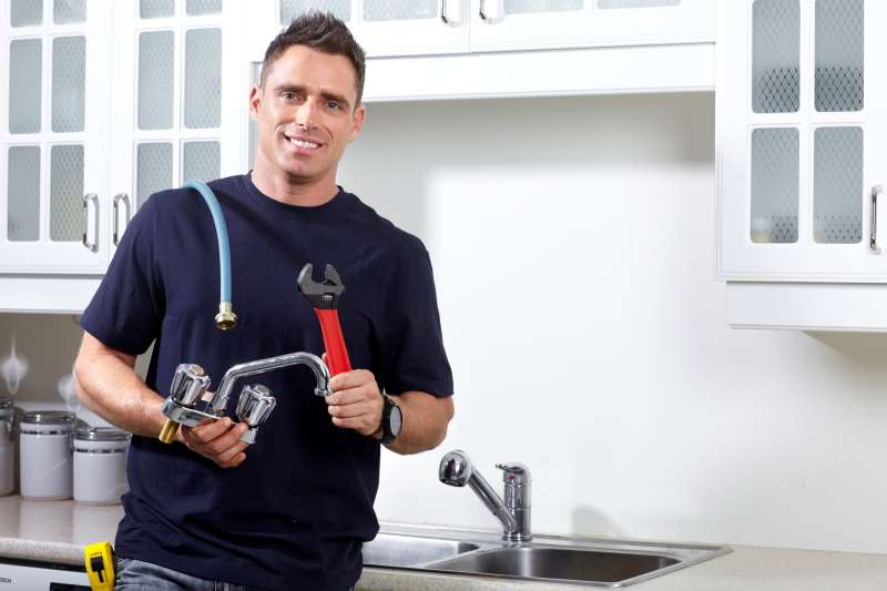 https://plumbinganddrainrepair.com/wp-content/uploads/1607/75/24_hour_emergency_plumber_048.jpg