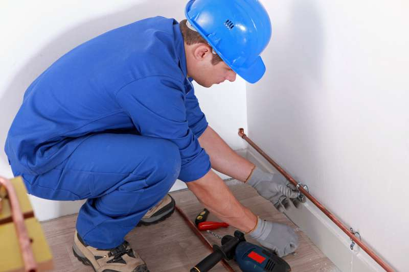 https://plumbinganddrainrepair.com/wp-content/uploads/1607/75/24_hour_emergency_plumber_050.jpg