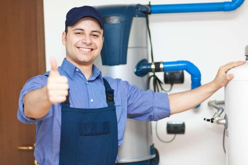 https://plumbinganddrainrepair.com/wp-content/uploads/1607/75/24_hour_emergency_plumber_054.jpg