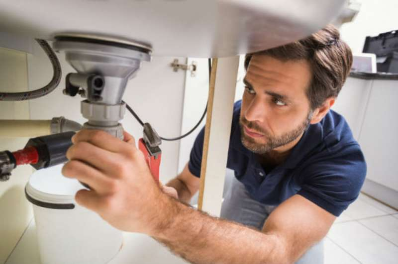 https://plumbinganddrainrepair.com/wp-content/uploads/1607/75/24_hour_emergency_plumber_060.jpg