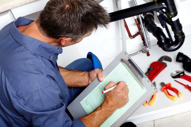 https://plumbinganddrainrepair.com/wp-content/uploads/1607/75/24_hour_emergency_plumber_068.jpg
