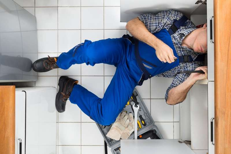 https://plumbinganddrainrepair.com/wp-content/uploads/1607/75/24_hour_emergency_plumber_071.jpg