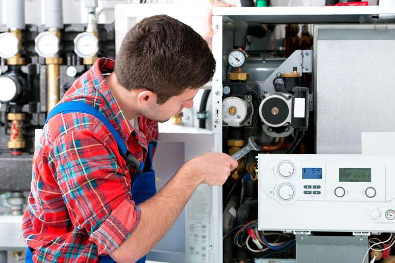 https://plumbinganddrainrepair.com/wp-content/uploads/1607/75/24_hour_emergency_plumber_074.jpg