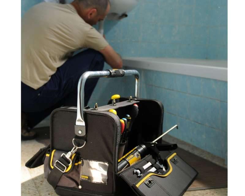 https://plumbinganddrainrepair.com/wp-content/uploads/1607/75/24_hour_emergency_plumber_089-800x640.jpg